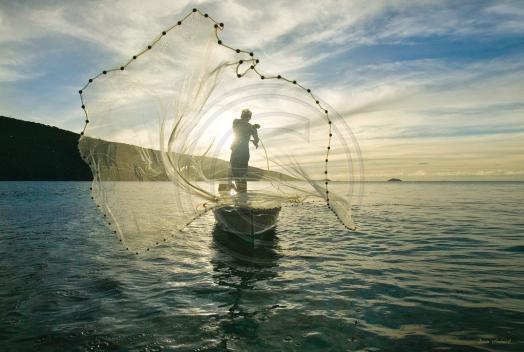 fishermancastingnetstthomas.png